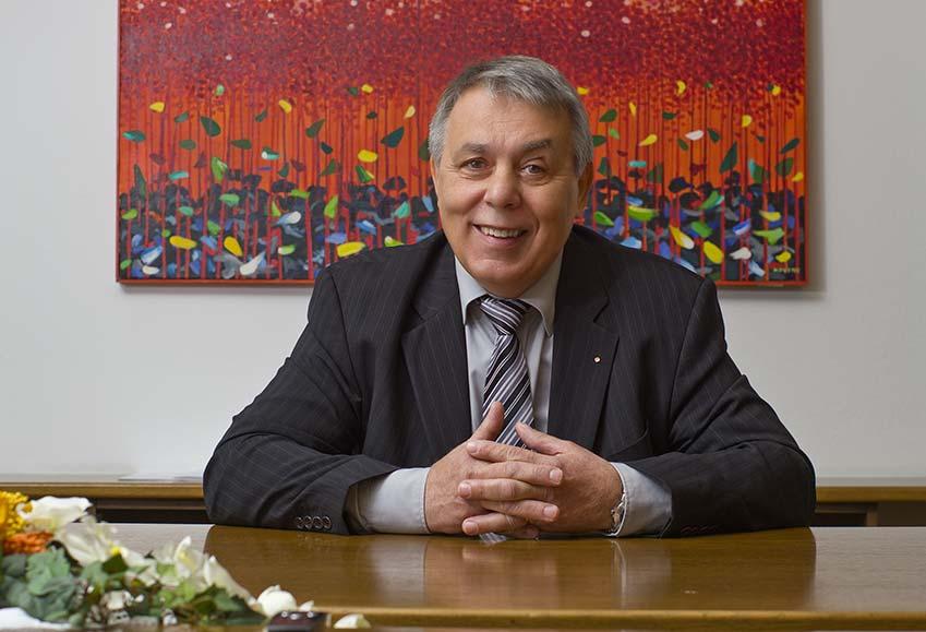 Poslovna Fotografija OOZ SkLoka Predsednik Milan Hafner